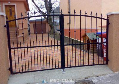Kovaná dvojdielna brána