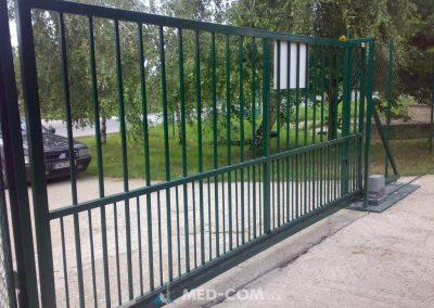 Posuvná brána na výsuvnom profile 2